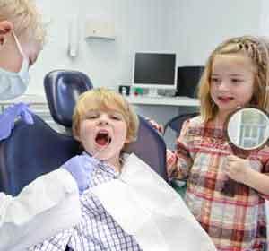 Kinder-und-Jugendzahnbehandlung280x300-190913122122