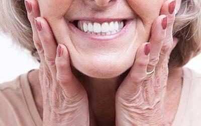 Zahnersatz bei Senioren